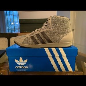 Last chance! Adidas Originals Hoop mid gray